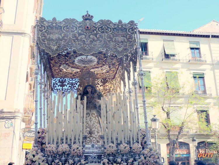 Palio de María Santísima de la Encarnación Domingo de Ramos Granada