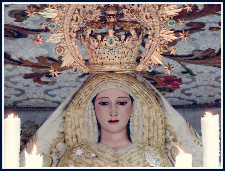 Palio de María Santísima de la Victoria Santa Cena Domingo de Ramos Granada