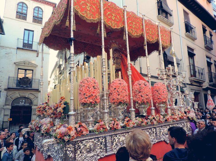 Palio de Nuestra Señora de los Dolores Lunes Santo Granada